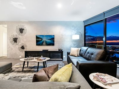 Photo for ♦️ Circle on Cavill – 3 Bedroom Sub Penthouse with Spa