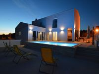 The house is very nice exactly as described , the sunsets and sunrises are beaut ...