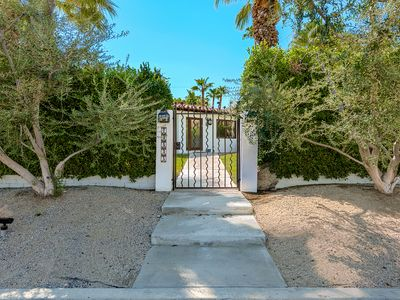Photo for South Palm Desert/El Paseo- A peaceful Mini-Estate