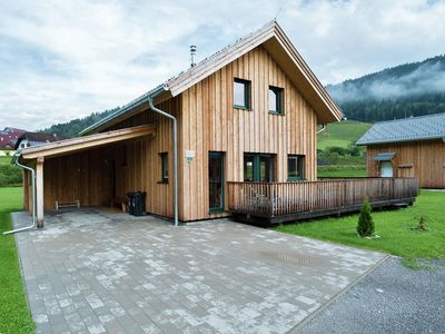 Photo for Luxury wooden chalet with in-house wellness close to the Kreischberg