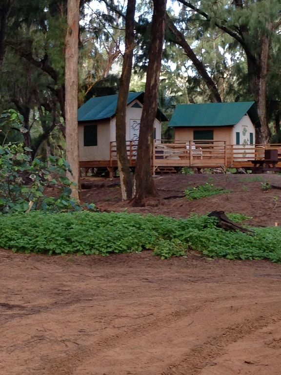 Glamping 10 Beachfront Bungalows And Yurts Amazing Kauai