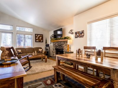 Photo for Fantastic! McCloud 1 Bedroom Condo - Minutes From Beaches, Skiing, Hyatt, Golf