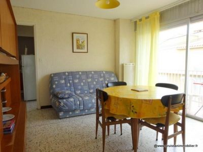 Photo for Apartment Gruissan, 2 bedrooms, 6 persons