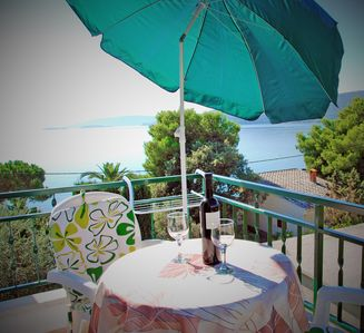 Photo for HOLIDAY APARTMENT 30 M FROM THE SEA