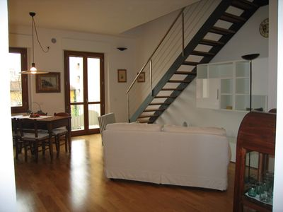 Photo for Delightful one bedroom apartment in the prestigious central area of Florence, bright, quiet wi-fi