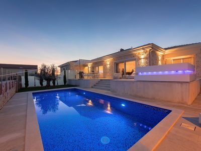 Photo for Luxury villa with heated pool, jacuzzi, audio system, wellness, beach at 3.5 km