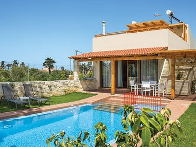 Photo for Modern villa with a pool and pergola, conveniently close to tavernas and beaches