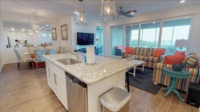 Photo for ***SPECIAL PRICE *** BUY 4 NIGHTS, GET 1 FREE.ONE  ONE PARTICULAR HARBOUR 3 BEDROOM CONDO 380-203  ON THE ANNA MARIA SOUND VALID THROUGH 8/31/19. DON'T MISS THIS 5 NIGHT SPECIAL AT ONE PARTICULAR HARBOUR.