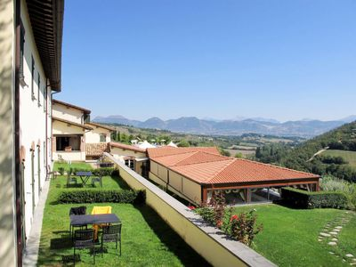 Photo for Apartment Country House Coldimolino (GUB231) in Gubbio - 3 persons, 2 bedrooms