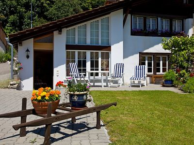 Photo for Apartment in the center of Brienz with Parking, Internet, Washing machine, Garden (38595)