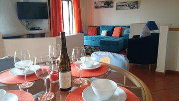 Casa Freedom - modern, cosy apartment with A/C, WI FI + IPTV Box giving full SKY