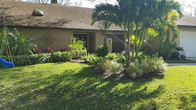 Beautiful 2500sqft Palm Harbor Home 5 miles from Beach