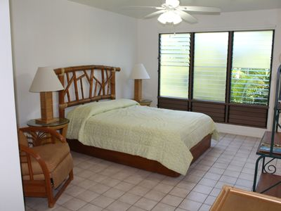 Photo for Quiet studio close to best beaches in Kona