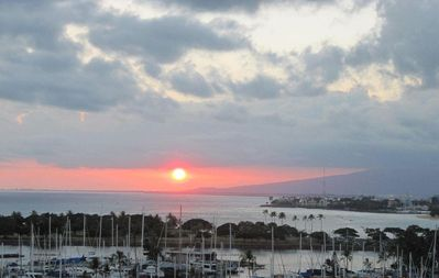 Photo for Ilikai 2037 Spectacular Ocean View with Awesome Sunsets!