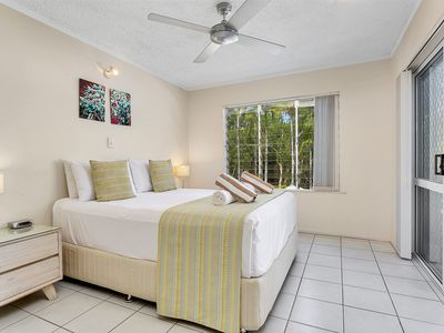 Photo for Seascape Holidays at The Queenslander One Bedroom Apartment