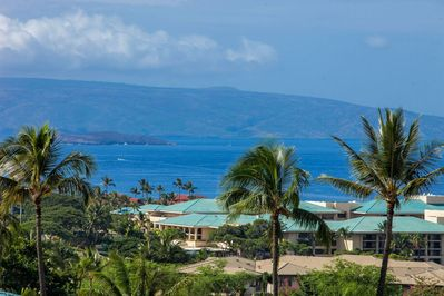 Molokini Crater & Kaho'olawe As Seen From The Lanai