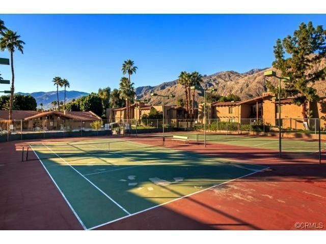 Gorgeous & Relaxing Getaway Close to Downtown Palm Springs