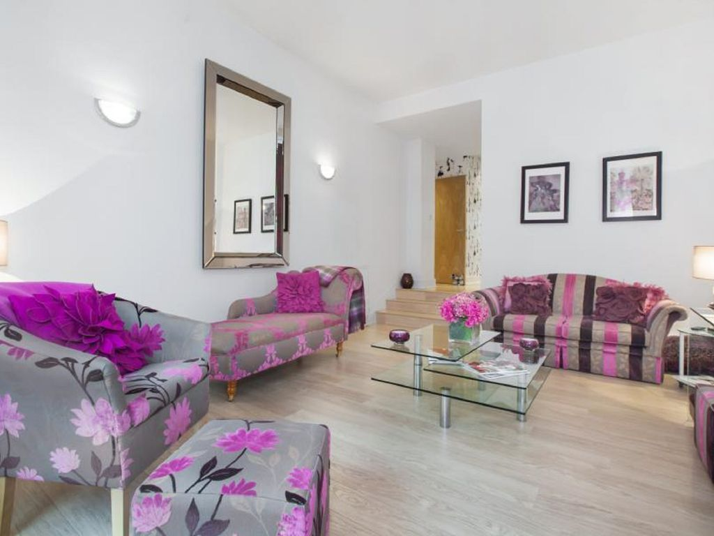 Stylish City Centre Apartment Chic Living In The Heart Of Glasgow