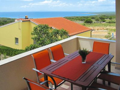 Photo for Apartments im Haus Sila, Novalja  in Pag - 6 persons, 2 bedrooms