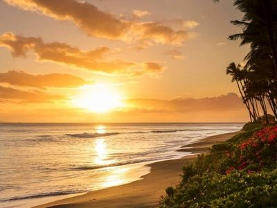 Photo for LUXURY OCEAN FRONT VIEW Condo at Kaanapali Beach Club, Sleeps up to 4 (#2)