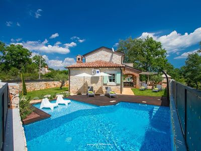 Photo for Charming stone villa with private pool near Porec