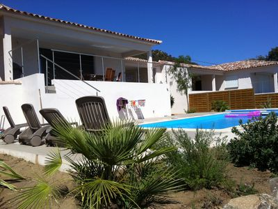 Photo for Beautiful new villa, swimming pool, very close beach, sea view, air-conditioned, southern Corsica