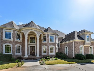 Photo for Beautiful Atlanta Home 20 mins to Airport/Downtown
