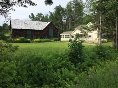 Lovely farmhouse with modern amenities in picture perfect setting close to Okemo