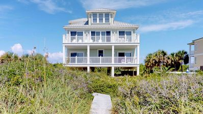 Photo for Beachfront plantation luxury, with private pool, hot tub, elevator and more