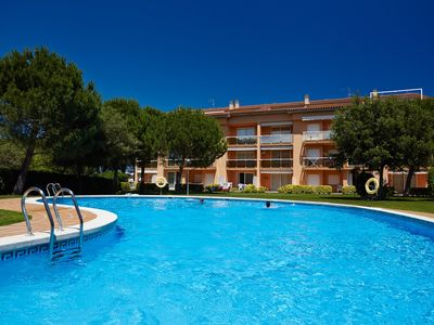 Photo for Apartment with garden & pool - 800 m Pals beach (SG2 DUP 4H AC 225)