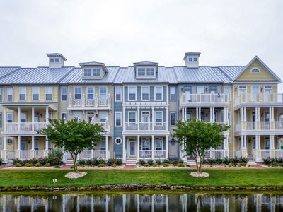 Photo for Never Rented! Pristine Waterfront Townhome - Wi-Fi, Pools & Clubhouse!