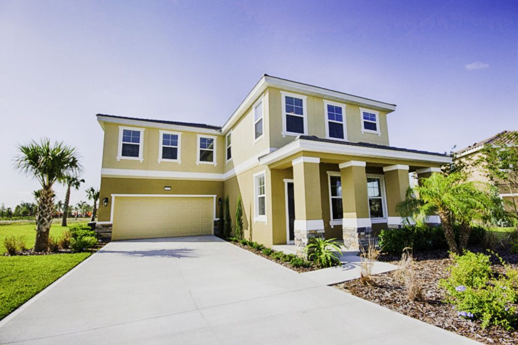 Solterra 6 bed 6 5 bath premierpool spa homeaway for 186 davenport salon