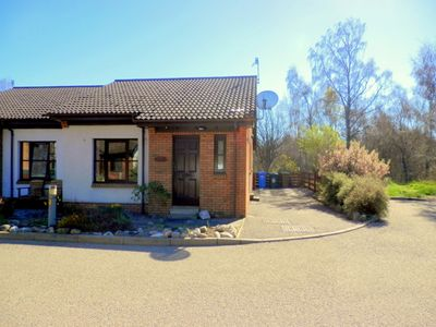 Photo for Self-catering 2 bedroomed bungalow with enclosed rear garden.