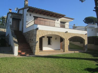 Photo for Vacation rental, 15 minutes to the beach, calm area, 2 km to city center