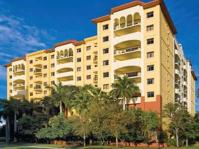 Photo for Pompano Beach 1 Bedroom w/ Resort Pool & Steps Away From Beach, Attractions!