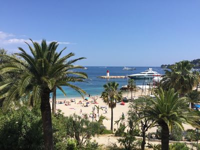Photo for Close to the beach, charming apartment with terrace and garage.