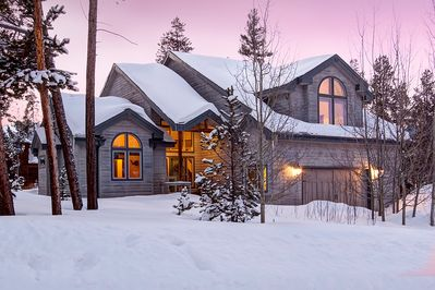 This home is minutes from the Town of Breckenridge, ski area, and golf course
