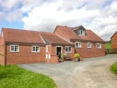 Photo for 3 bedroom Barn in Ledbury - CC078