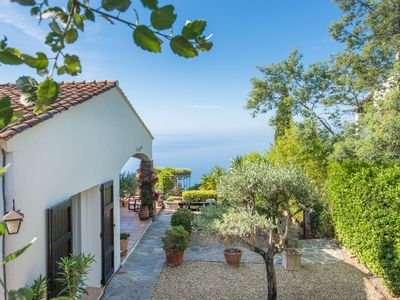 Photo for Beautiful villa with stunning views over the Mediterranean sea