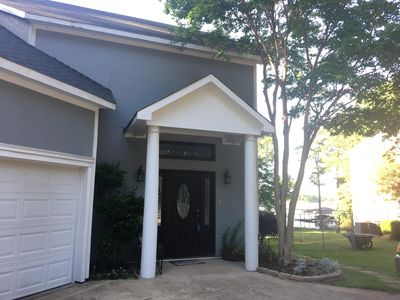 Exquisite 3 BR Lakefront  2 story  beautiful Benton house with patio!
