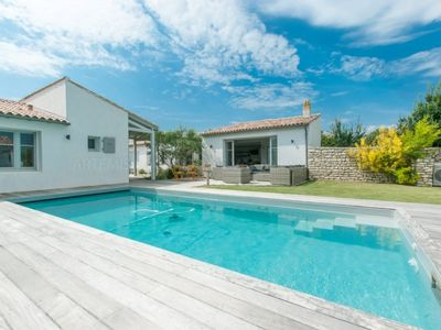 Photo for Nestled in a quiet alley way, this is a family home with swimming pool near the Thalasso of...