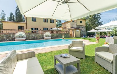 Photo for 9 bedroom accommodation in Foiano della Chiana AR