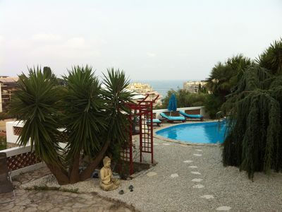 Photo for Independent apartment in villa pool sea view