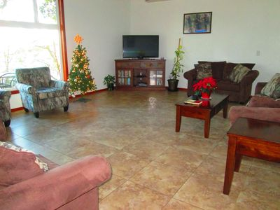 Large 24 X 17 living room with comfortable seating. Great for family gatherings
