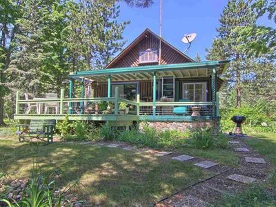"Photo for NORTHERN MICHIGAN LOG CABIN ""ON CRAVEN POND""  IN BELLAIRE near TORCH LAKE"