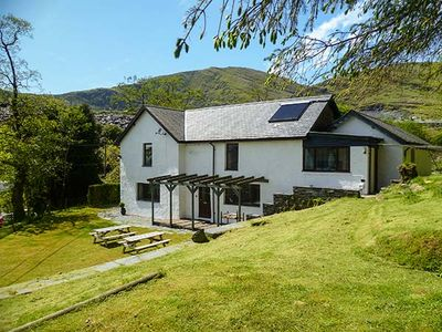 Photo for STINIOG LODGE, pet friendly in Blaenau Ffestiniog, Ref 26308