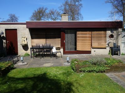 Photo for Well maintained bungalow De Schelp 5 in Sint Maartenszee.  Fenced. types and Wi-Fi