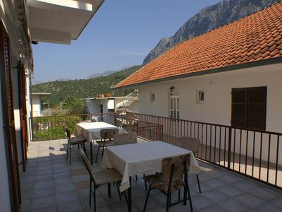 Photo for Comfortable and spacious apartment with terrace and sea view Podaca (Makarska)