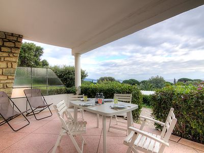 Photo for Apartment Riva Bella in Cavalaire - 4 persons, 1 bedrooms