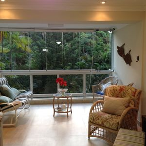 Photo for Sea and mountain 70 meters from Pitangueiras beach, in the center of Guarujá